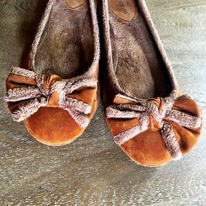 🍀2 for $25🍀 Tan Ballet Flats